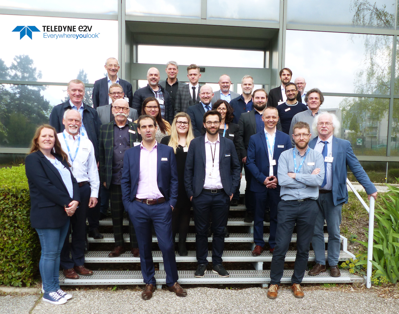 Teledyne e2v Interstellar Press Conference 2019/04 Group Picture